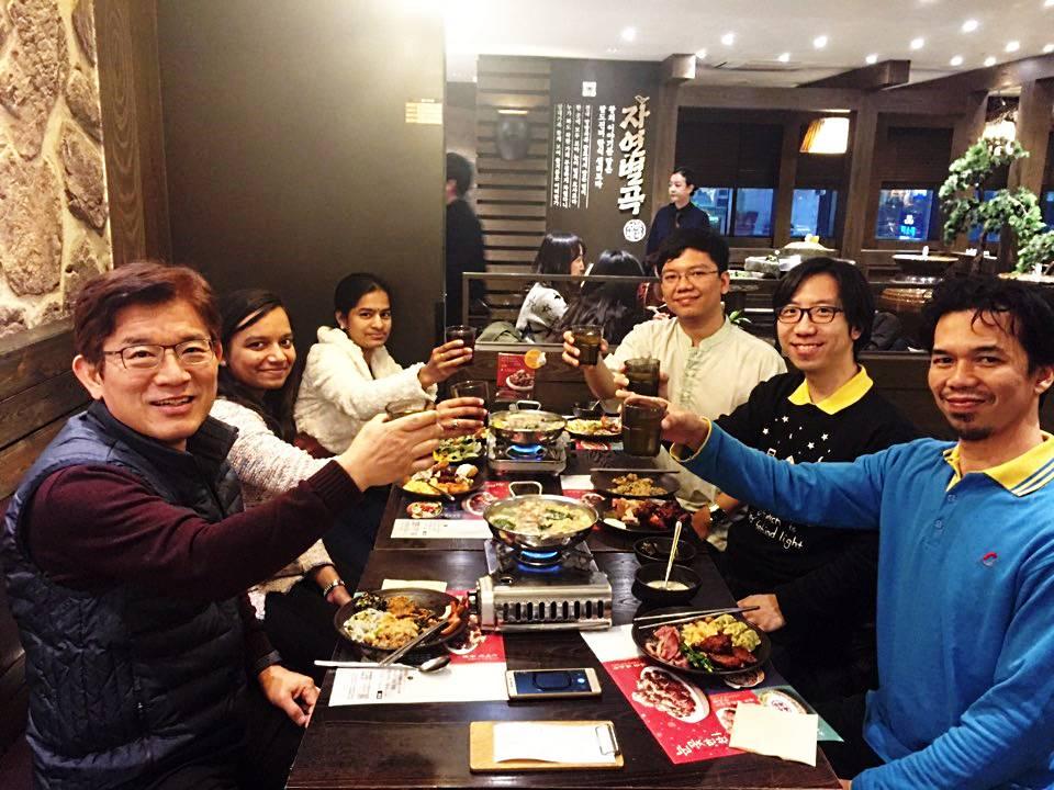 20161223 Commag Celebratory Dinner.jpg